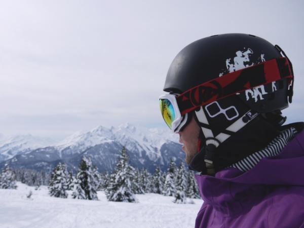 helmet-on-pre-skireduced