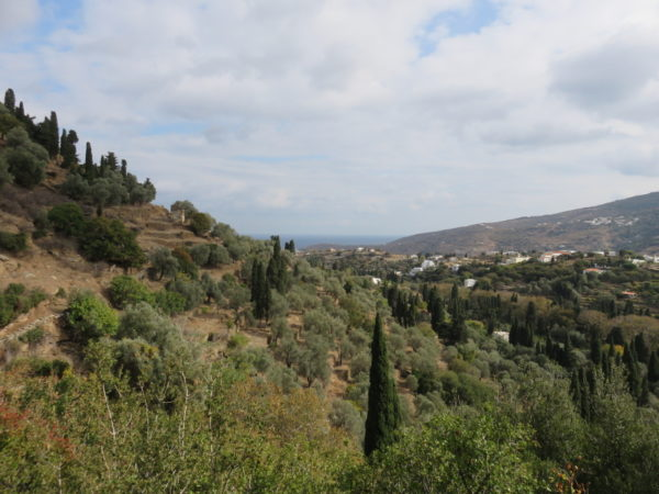 the-valley-that-leads-to-chora-photo-credit-franki-black-reduced