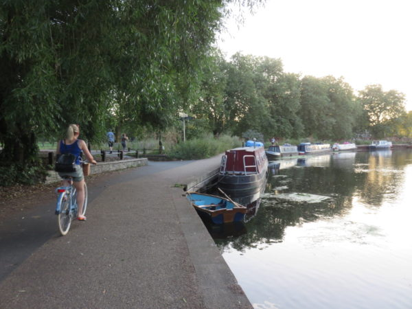 London canals, cycling.
